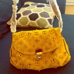 Louis Vuitton yellow purse, perfect condition